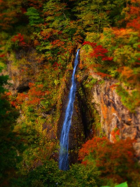03梵字川渓谷米の粉の滝★DSC04521.JPG