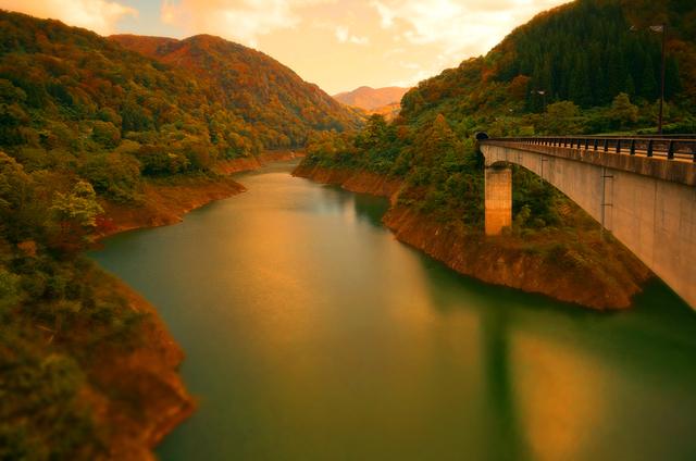 17月山ダムあさひ月山湖大橋を望む★DSC02743.JPG