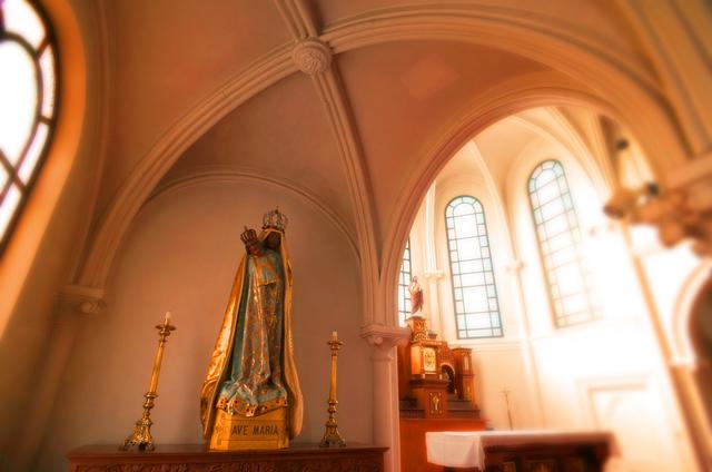 56鶴岡カトリック教会黒いマリア★DSC06087.JPG
